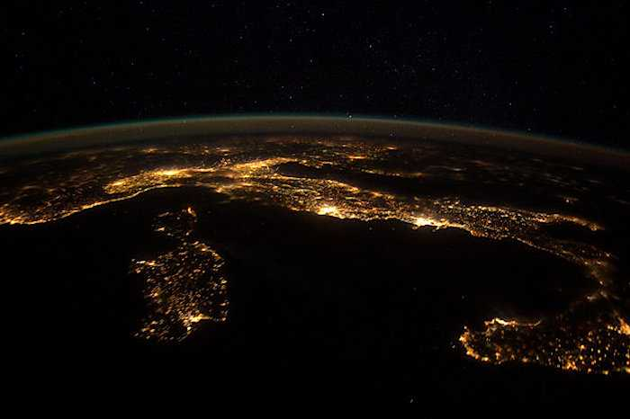 Italy_at_night